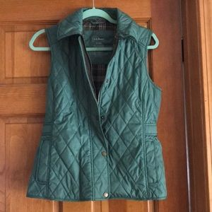 L.L. Bean Upcountry waxed cotton down vest